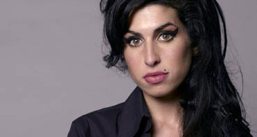amy_winehouse_0020_1600x1200_wallpaper2